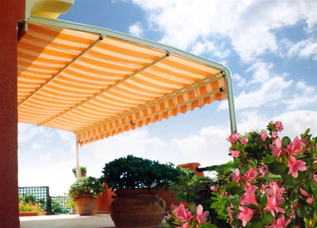 PATIO COVERS, AWNINGS, RETRACTABLE AWNINGS, NORTHRIDGE, LOS